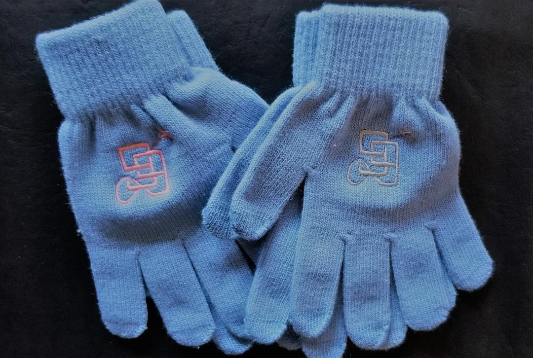 2 pairs One Striped Teals//One Solid Black NWT Bobbie Brooks Knit Gloves